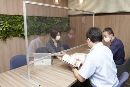 新型コロナウイルスの飛沫防止対策に大好評のアクリルパーテーションが、ラインナップ大幅増のリニューアル!